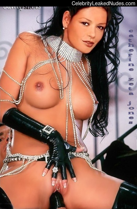 Helen Jones  nackt