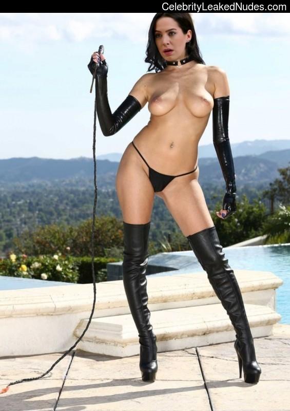 Dilara Gonder nude