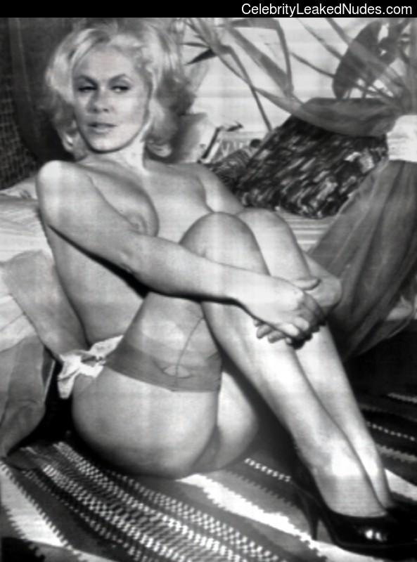 Elizabeth Montgomery Famous Nude sexy 30