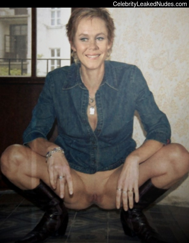 Elizabeth Montgomery Best Celebrity Nude sexy 7