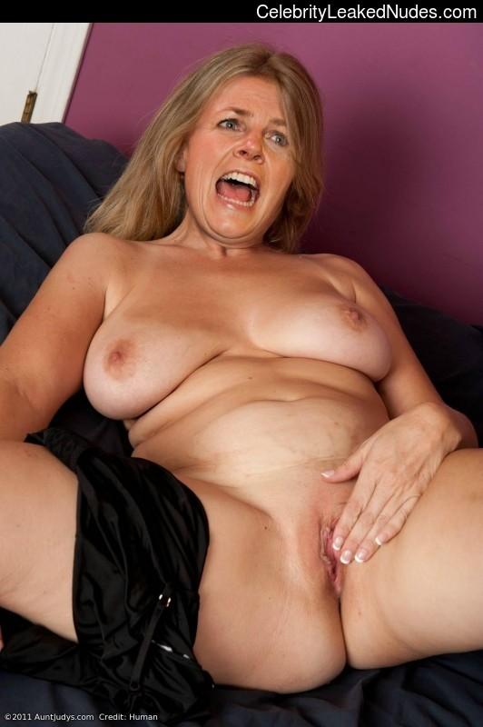Irene Moors nude