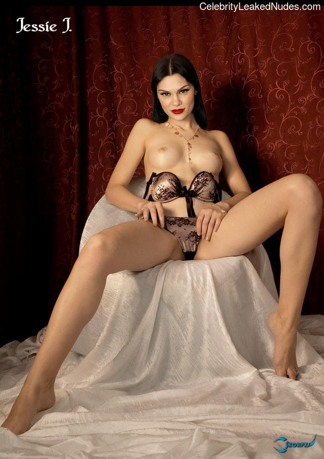 Jessie J free nude celeb pics