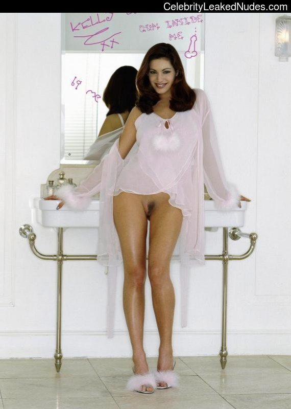 Kelly Brook Best Celebrity Nude sexy 11