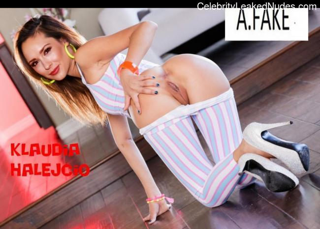Klaudia Halejcio naked celebrity pics