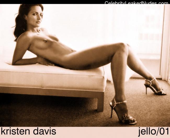 Kristin Davis naked celebrity