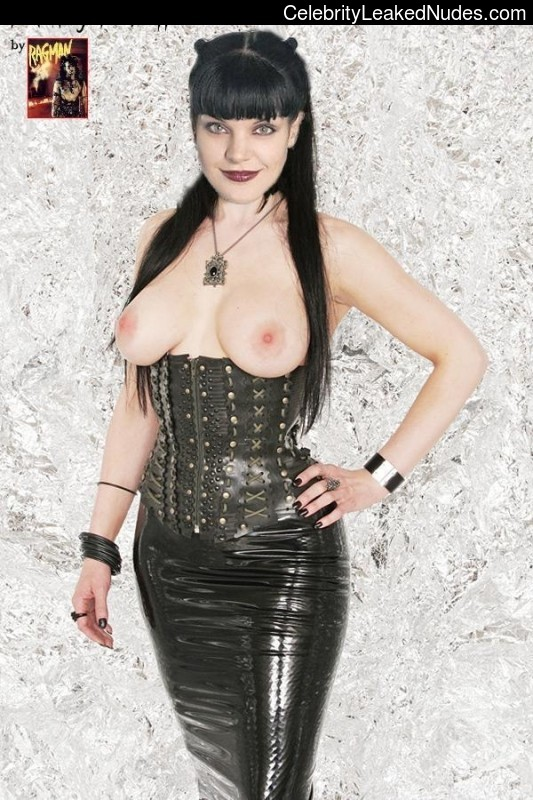 Pauley Perrette Naked Celebrity sexy 12