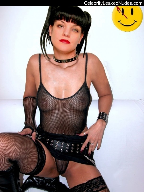 Pauley Perrette Free nude Celebrity sexy 22