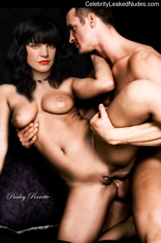 Pauley Perrette Celebrity Nude Pic sexy 5