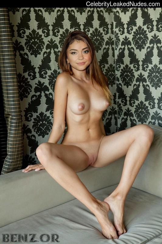 Sarah Hyland Celeb Nude sexy 6