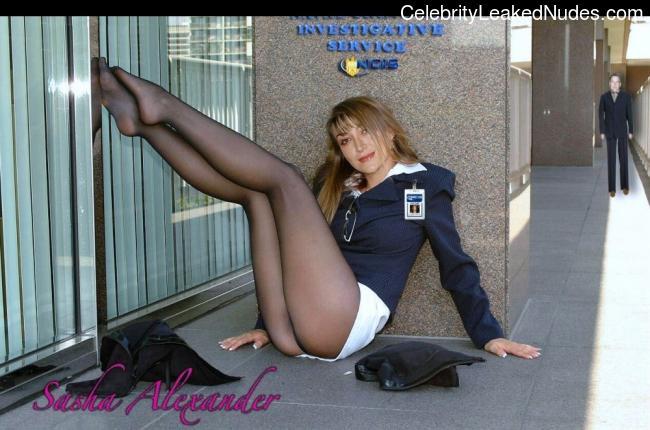 Alexander nackt Avril  Metart Pics