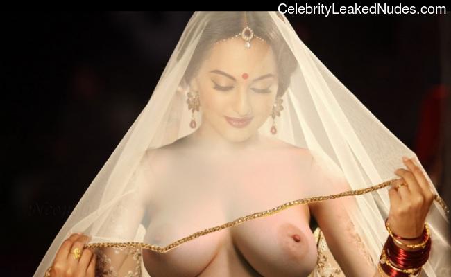 Sonakshi Sinha Celeb Nude sexy 6