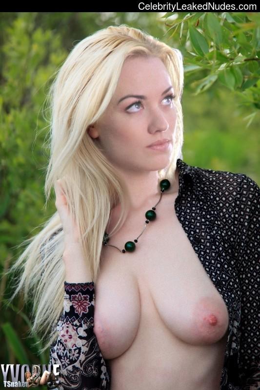 Yvonne Strahovski celebrity nude pics